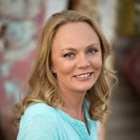 Stefanie Lawless - eLearning expert and author