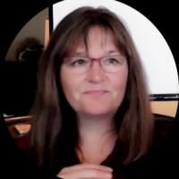 Stephanie Harnett - eLearning expert and author
